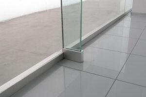 particolare facciata in cristallo